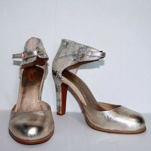 Seychelles Metallic Heels With Ankle Strap Size 7